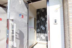 コスモフリー玄関