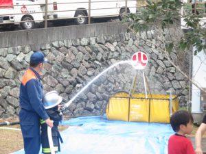栗まつりの放水体験