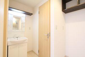 コスモクリアB205のリノベーションの洗面所