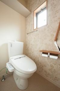 コスモガーデン フラワーのアクセントクロストイレ