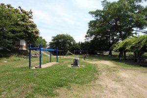永木町周辺の石手川緑地の公園