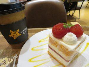 ひなたカフェのケーキとドリンク