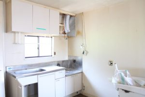 コスモビュー202のキッチン交換の既存撤去
