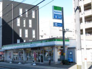 市民病院隣接のファミリーマート